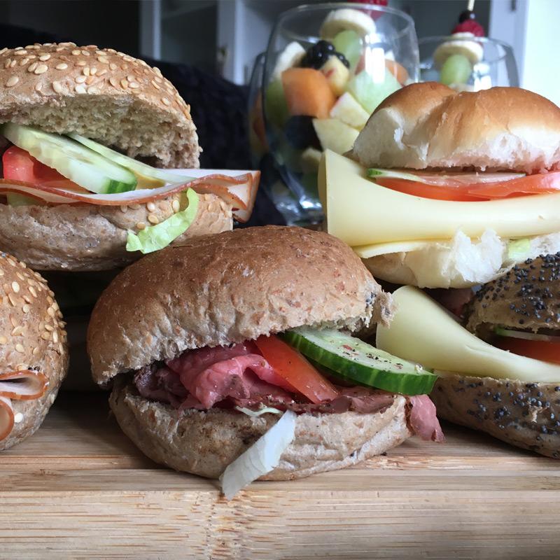 zakelijke-lunch-broodjes
